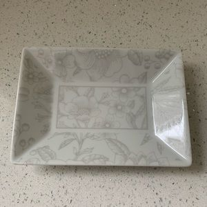 NEW Tiffany & Co. Clinique Porcelain Jewelry Tray